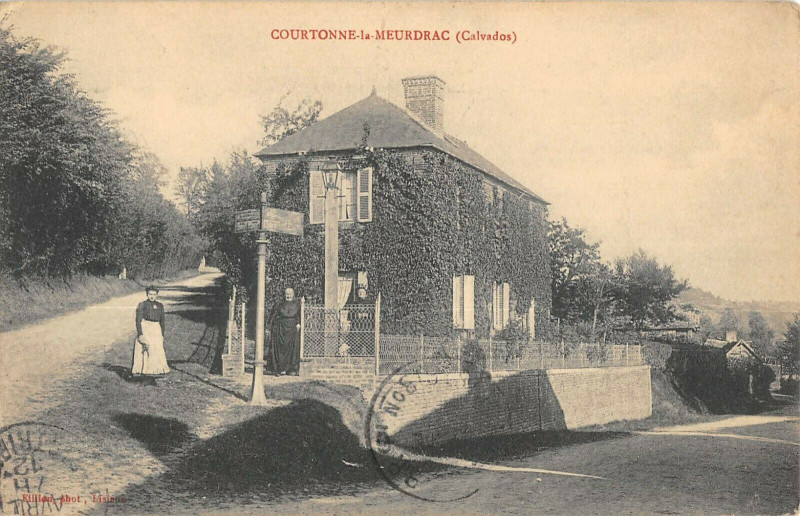 Carte postale ancienne Courtonne La Meurdrac Calvados à Courtonne-la-Meurdrac