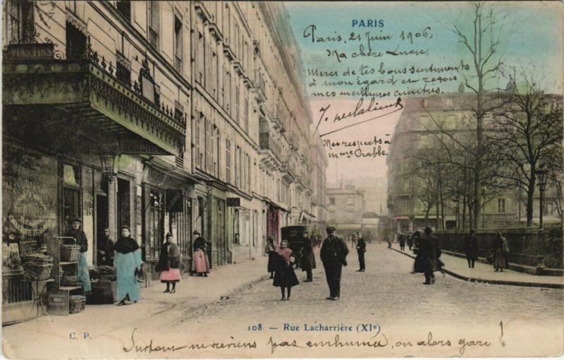 Carte postale ancienne Paris 11e - Rue Lacharriere à Paris 11e