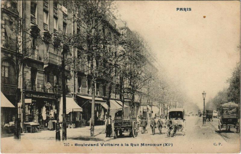 Carte postale ancienne Paris 11e - Boulevard Voltaire a la Rue Mercoeur à Paris 11e