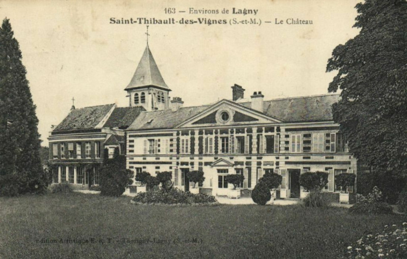 Carte postale ancienne Saint-Thibault des Vignes Le Chateau à Saint-Thibault-des-Vignes