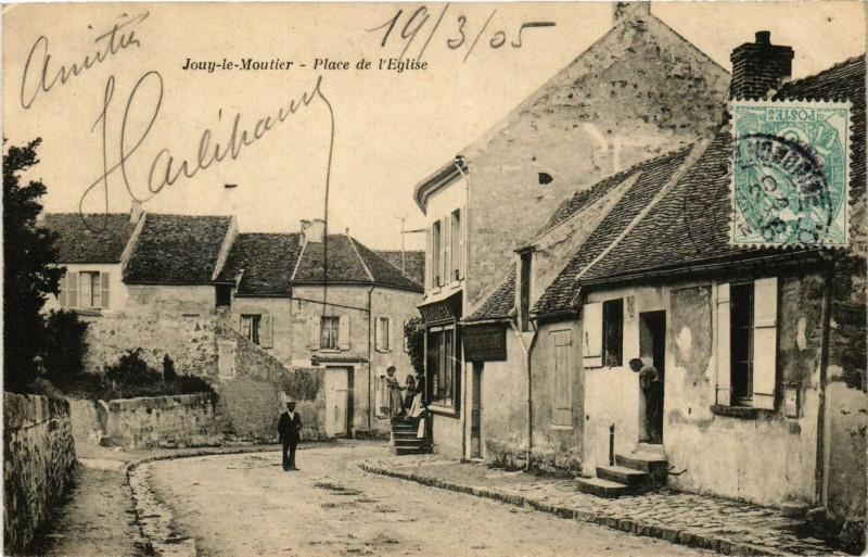 Carte postale ancienne Jouy-le-Moutier - Place de l'Eglise à Jouy-le-Moutier