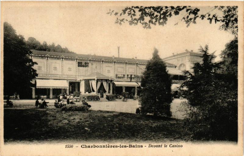 Carte postale ancienne Devant le Casino à Charbonnières-les-Bains