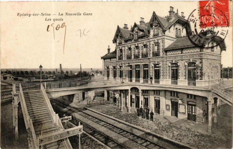 Carte postale ancienne Epinay-sur-Seine La Nouvelle Gare Les quais à Épinay-sur-Seine