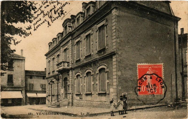 Carte postale ancienne Venissieux - La Mairie à Vénissieux