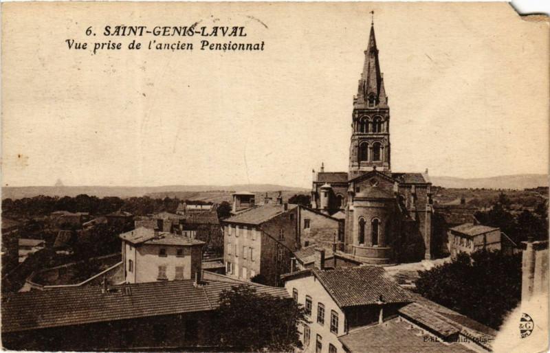 Carte postale ancienne Saint Genis Laval - Vue prise de l'ancien Pensionnat à Saint-Genis-Laval