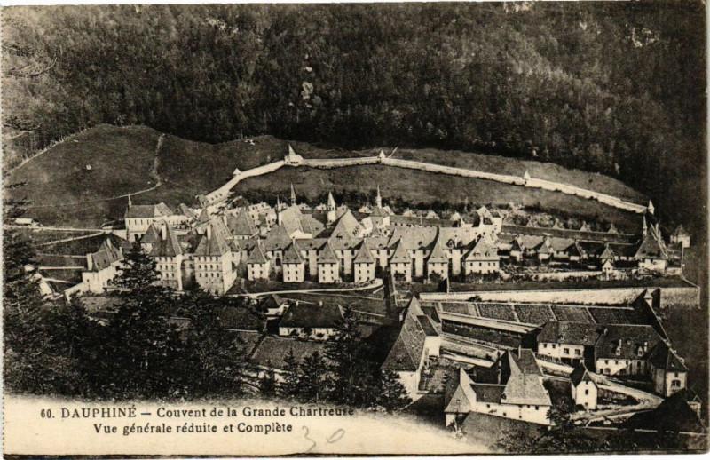 Carte postale ancienne Couvent de la Grande Chartreuse - Vue générale réduite et Complète à Saint-Pierre-de-Chartreuse
