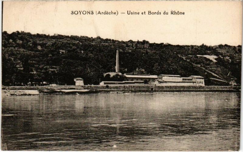 Carte postale ancienne Soyons - Usine et Bords du Rhone à Soyons