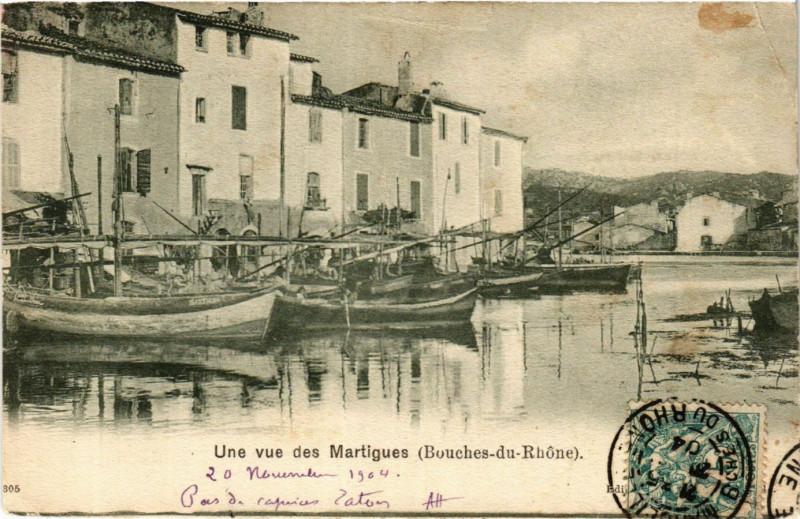 Carte postale ancienne Martigues Une vue des Martigues à Martigues