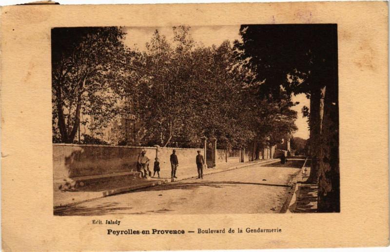 Carte postale ancienne Peyrolles En PROVENCEBoulevard de la Gendarmeri - à Peyrolles-en-Provence