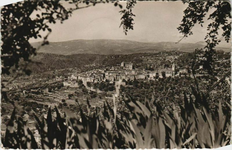 Carte postale ancienne Montauroux Le Prieure - Maison de Repos - Vue sur Callian à Montauroux