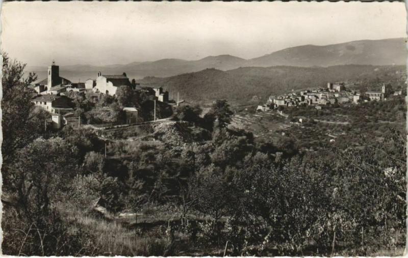Carte postale ancienne Montauroux Callian - Vue Panoramique Au Fond le Village Callian à Montauroux