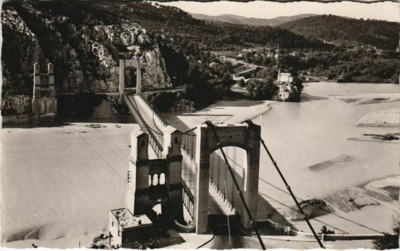 Carte postale ancienne Mirabeau Pont de Mirabeau sur la Durance à Mirabeau