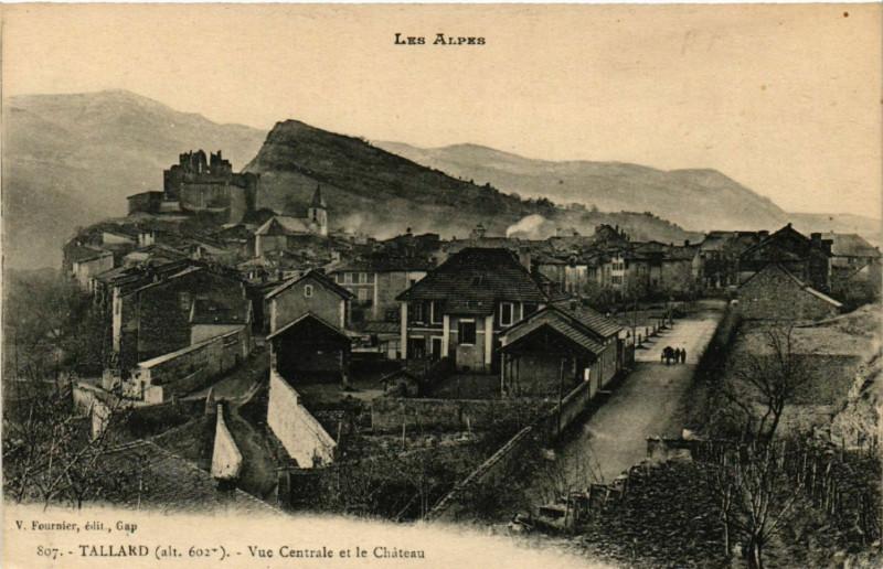 Carte postale ancienne Tallard - Vue générale et le Chateau à Tallard