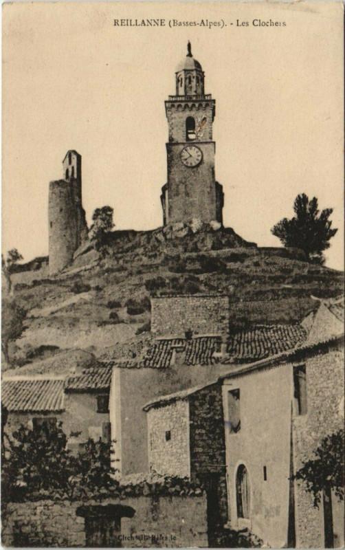 Carte postale ancienne Reillanne - Les Clochers à Reillanne