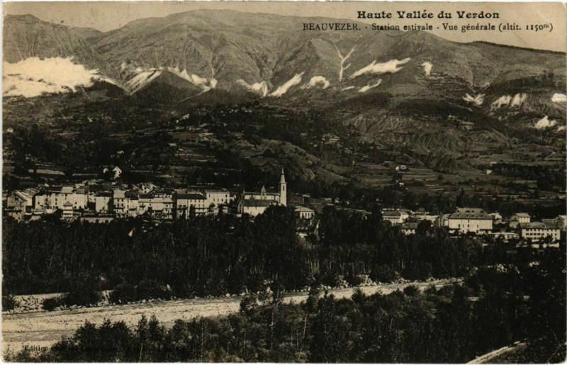 Carte postale ancienne Haute Vallee du Verdon Beauvezer Station estivale Vue generale à Beauvezer
