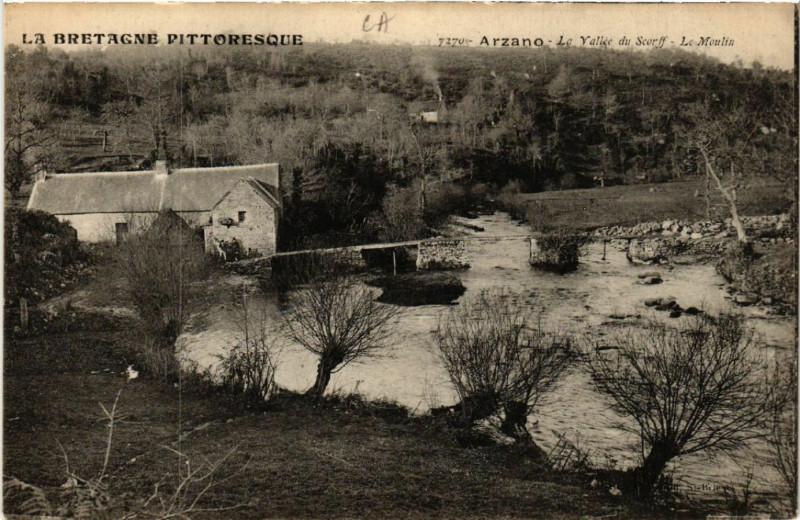 Carte postale ancienne La Bretagne Pittoresque - Arzano - Le Yallée du Scorff - Le Moulin à Arzano