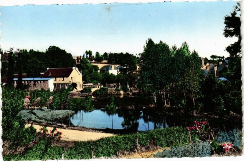 Carte postale ancienne La Cheze - Vue générale à La Chèze