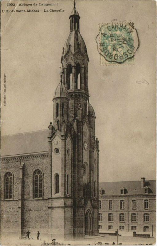 Carte postale ancienne Abbaye de Langonnet-L'Ecole Saint-Michel-La Chapelle à Langonnet