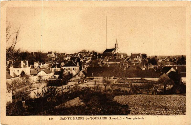 Carte postale ancienne Sainte-Maure-de-Touraine Vue générale à Sainte-Maure-de-Touraine