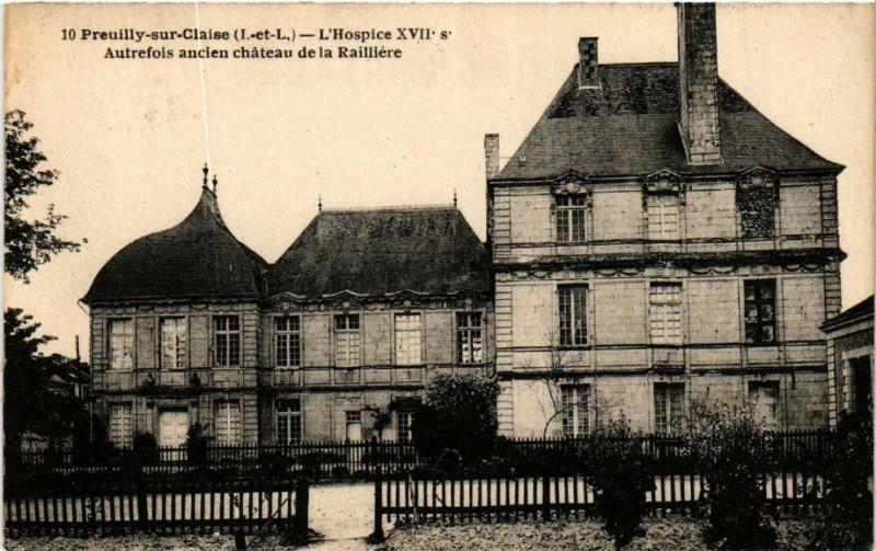 Carte postale ancienne Preuilly-sur-Claise L'Hospice Xvii s. à Preuilly-sur-Claise