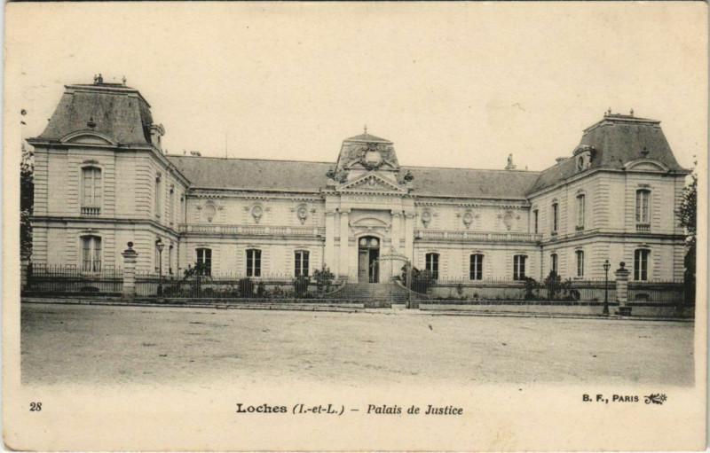 Carte postale ancienne Loches - Palais de justice à Loches