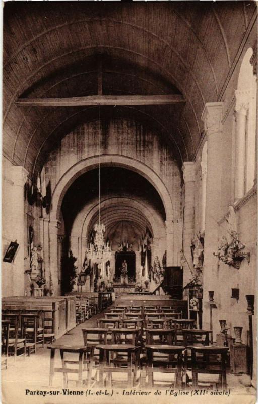 Carte postale ancienne Parcay sur Vienne - Interieur de l'eglise à Parçay-sur-Vienne