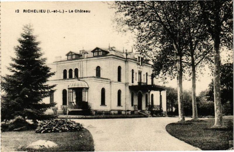 Carte postale ancienne Richelieu (I.-et-L.) - Le Chateau à Richelieu