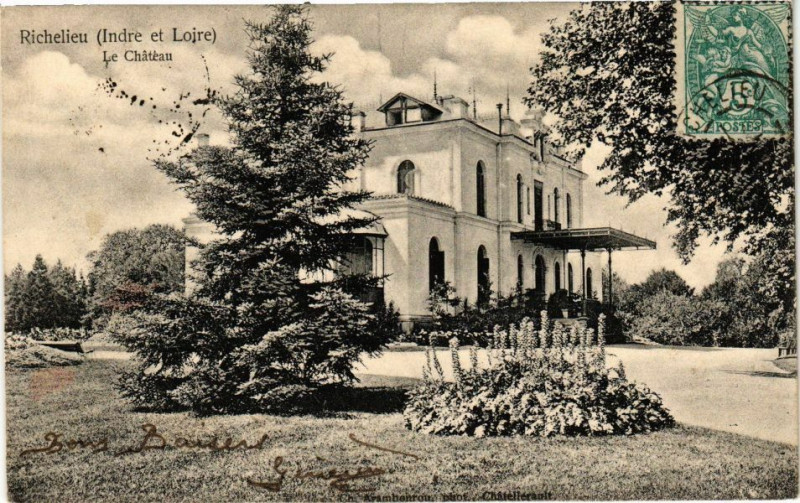 Carte postale ancienne Richelieu (Indre et Loire) - Le Chateau à Richelieu
