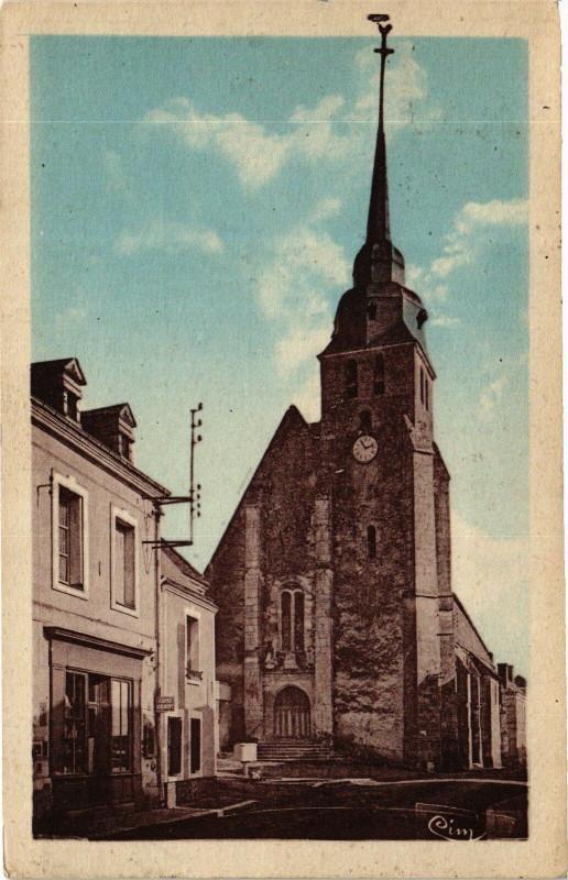 Carte postale ancienne Souge (L. - et - Ch.) - Place de l'Eglise à Sougé