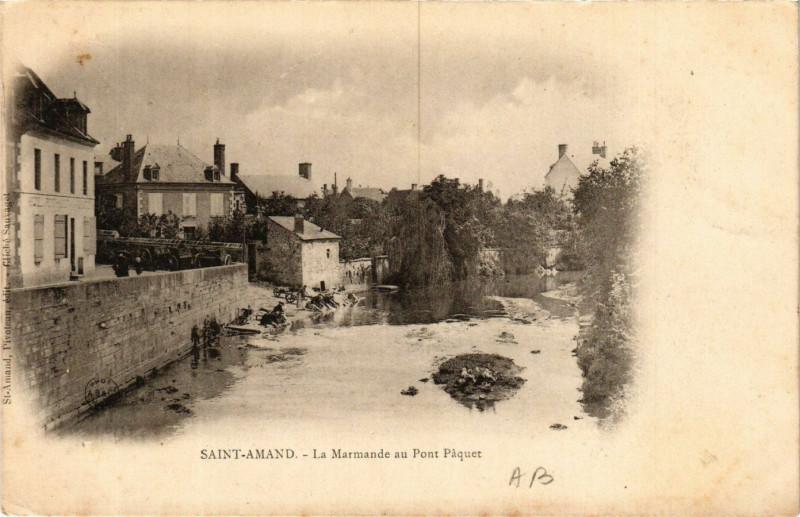 Carte postale ancienne Saint-Amand-Montrond - La Marmande au Pont Paquet à Saint-Amand-Montrond