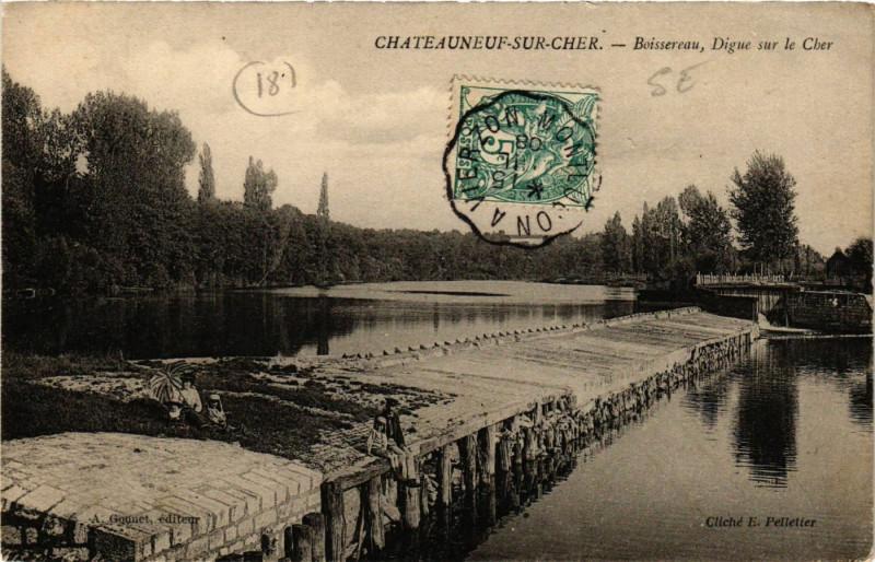Carte postale ancienne Chateauneuf-sur-Cher - Boissereau - Digue sur le Cher à Châteauneuf-sur-Cher