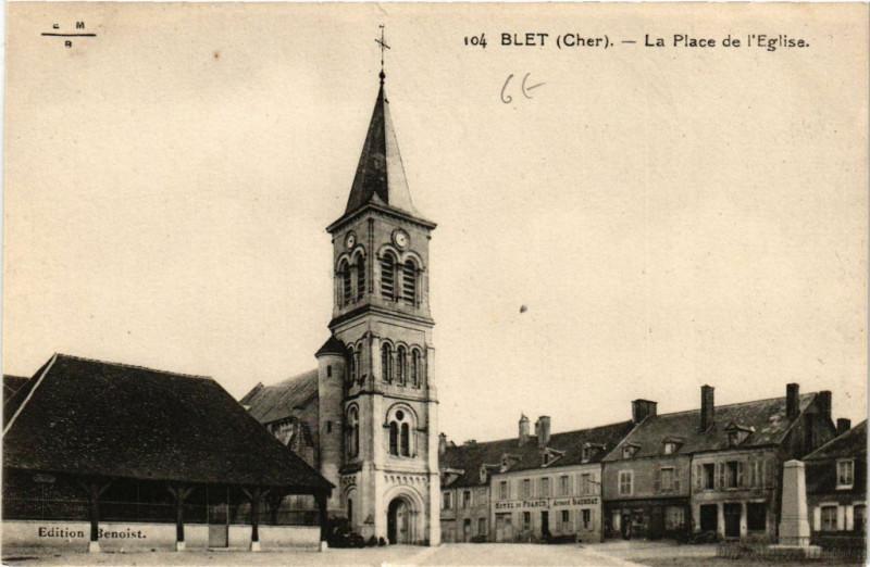 Carte postale ancienne Blet - La Place de Eglise à Blet