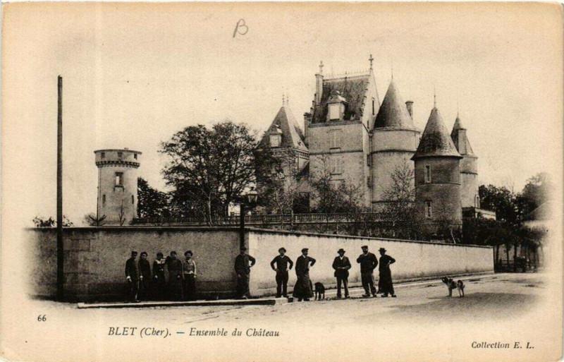 Carte postale ancienne Blet Ensemble du Chateau à Blet