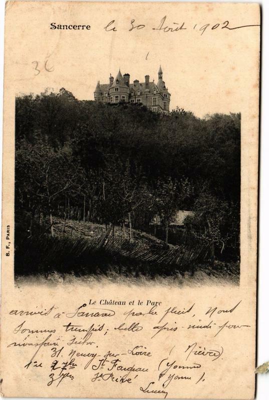 Carte postale ancienne Sancerre Le Chateau et le Parc à Sancerre