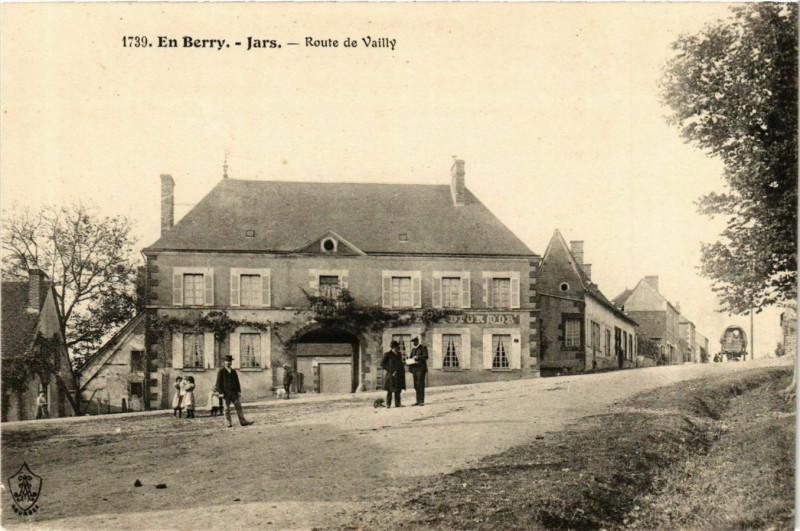 Carte postale ancienne En Berry. Jars Route Vailly à Jars