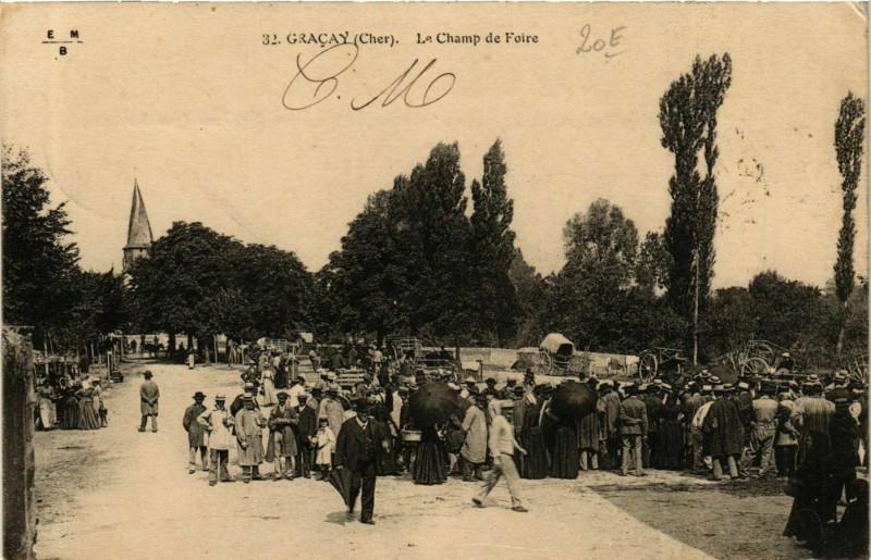 Carte postale ancienne Gracay Le Champ de Foire à Graçay