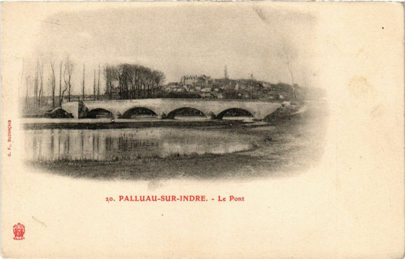 Carte postale ancienne Palluau-sur-Indre - Le Pont à Palluau-sur-Indre