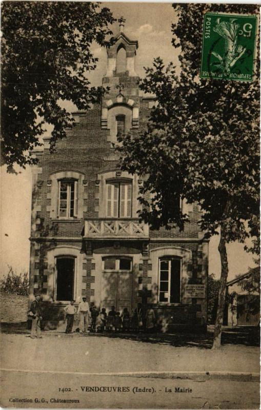 Carte postale ancienne Vendoeuvres - La Mairie à Vendoeuvres