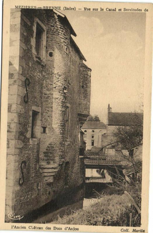 Carte postale ancienne Mezieres en Brenne - Vue sur le Canal et Servitudes de... à Mézières-en-Brenne