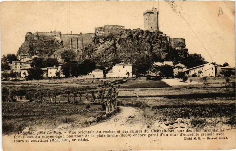 Carte postale ancienne Polignac, pres Le Puy - Vue orientale du rocher et des ruines du .. à Polignac