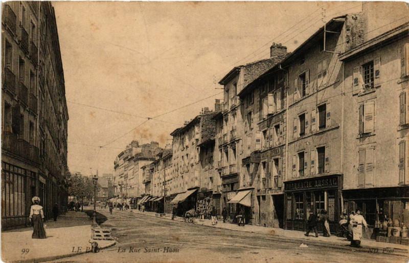 Carte postale ancienne Le Puy - La Rue Saint-Haon à Saint-Haon