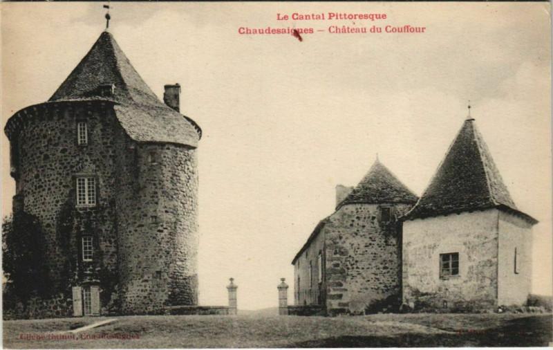 Carte postale ancienne Chaudes-Aigues Chateau du Couffour France à Chaudes-Aigues