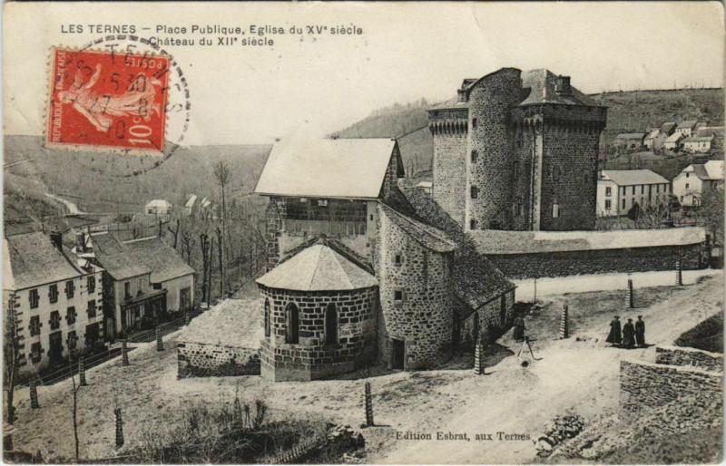 Carte postale ancienne Les Ternes Place Publique, Eglise du Xve siecle France aux Ternes