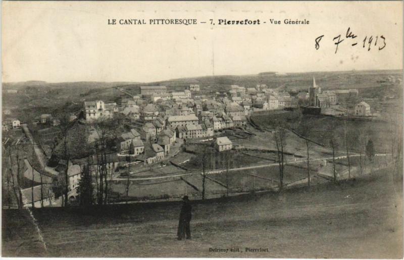 Carte postale ancienne Pierrefort Vue generale France à Pierrefort