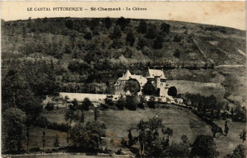 Carte postale ancienne Saint-Chamant - Le Chateau à Saint-Chamant