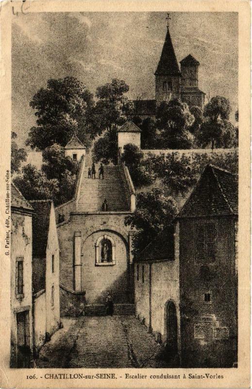 Carte postale ancienne Chatillon-sur-Seine Escalier conduisant a Saint-Vorles à Châtillon-sur-Seine