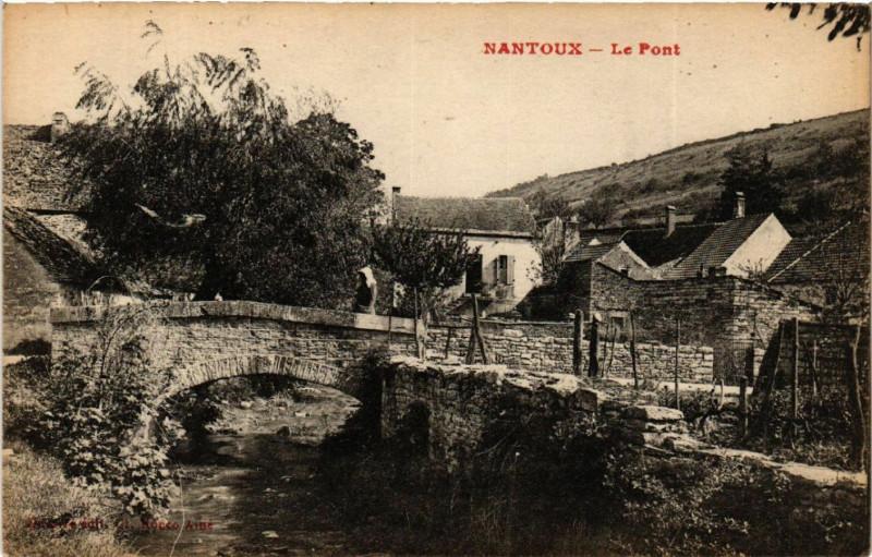Carte postale ancienne Nantoux - Le Pont à Nantoux