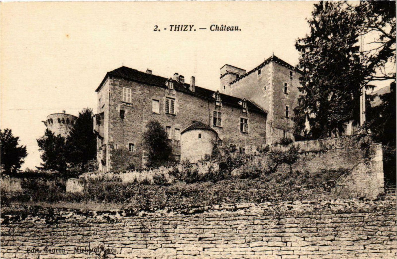 Carte postale ancienne Thizy - Chateau France à Thizy