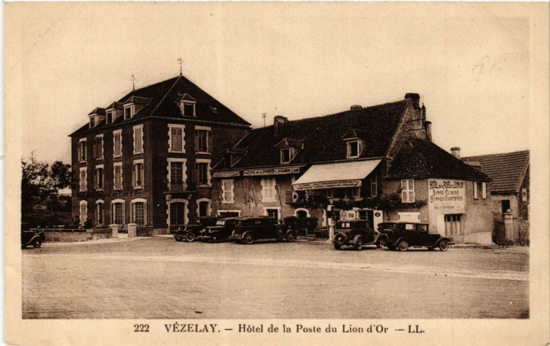 Carte postale ancienne Vezelay - Hotel de la Poste du Lion d'Or à Vézelay