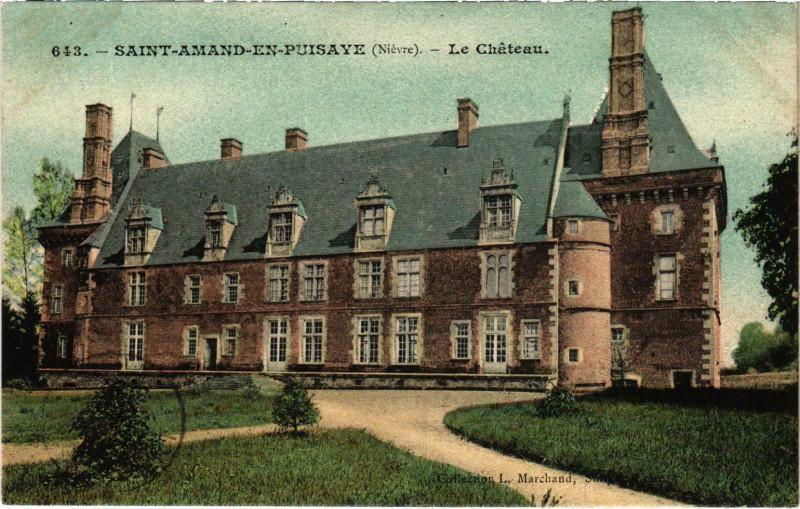 Carte postale ancienne Saint-Amand en Puisaye Le Chateau Nievre à Saint-Amand-en-Puisaye